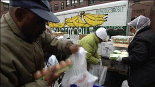 One location where a Chicago food bank is helping feed people that need food. Photo: BBC See complete video