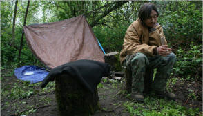 Clinton Anchors, 18, in Medford, Ore., has been on his own, living in the streets and camping in the woods since he was 12. Photo: Monica Almeida/The New York Times