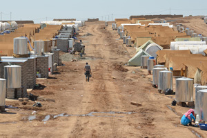 Like other camps in Turkey and Jordan, Domiz camp in Iraq's northern Kurdistan region offers Syrian refugees water, shelter, education and medical services. Photo: IRIN News