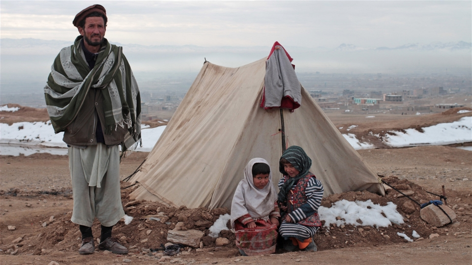 afghanistan_refugee_family