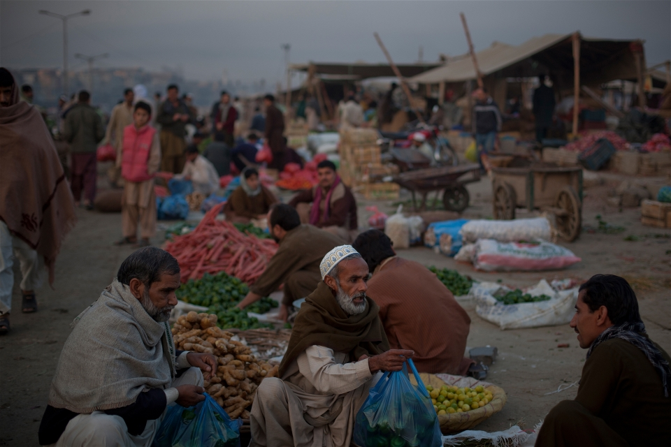 pakistaan_food_sellers