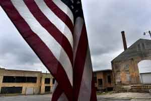 One of several shuttered factories in Huntington, Ind., a town of 17,000 where for generations such goods as baby shoes, ice cream cones, barbecue grills and dentures were made. Photo: Michael Robinson Chavez/The Washington Post