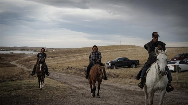 Three Laokta horsemen.